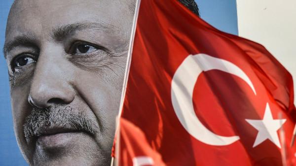 Кремлёвская школа экстремизма: Как исламист Эрдоган правит раболепствующим перед ним режимом Путина