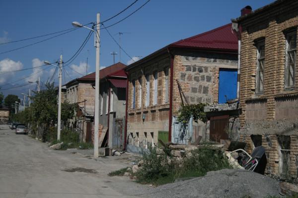 Цхинвал, типичная улица