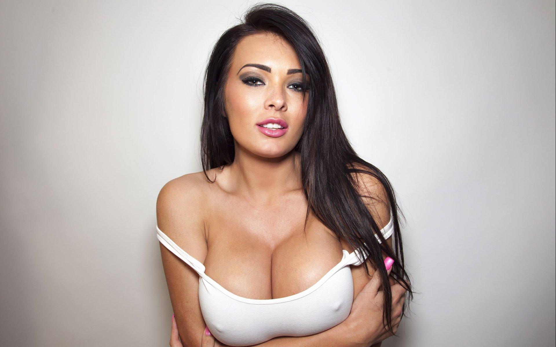 Самые большие груди казахстана 13 фотография