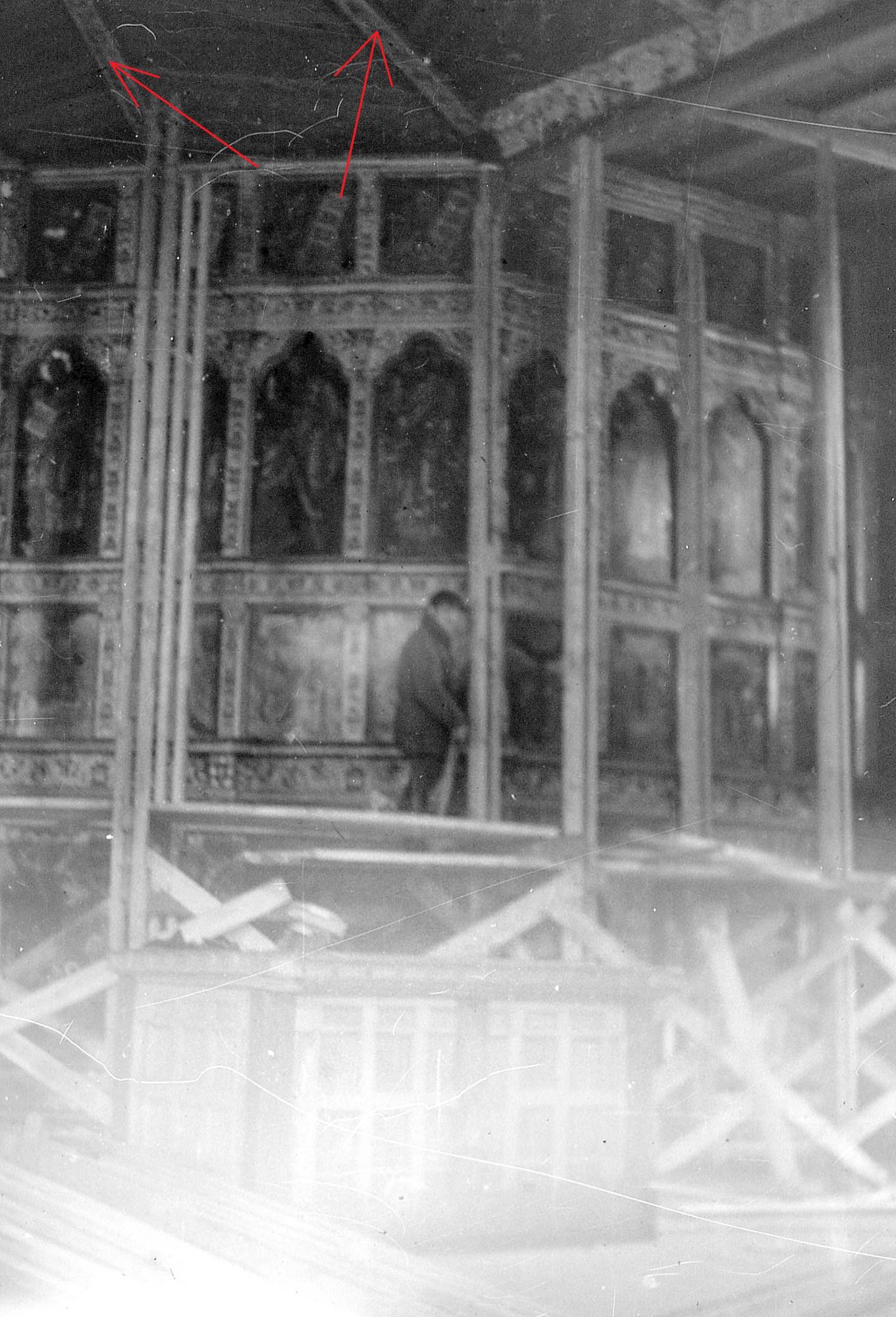 Разборка иконостаса, 1980. Тябла неба на своих местах.