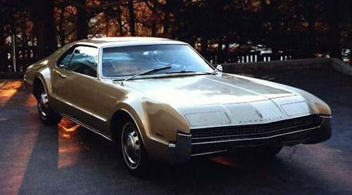 1966_oldsmobile_toronado-pic-34567