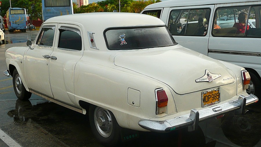 Studebaker-Champion-1951-3