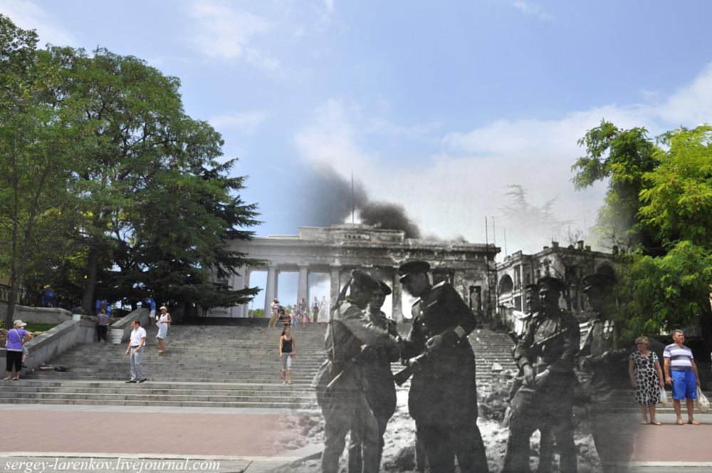 Севастополь 1944/2012 Графская пристань. Писатель Леонид Соболев поздравляет бойцов с освобождением Севастополя.