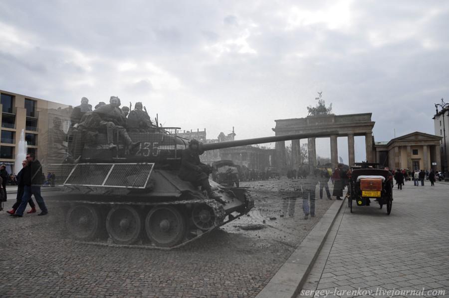 Танк с бойцами на Паризер платц