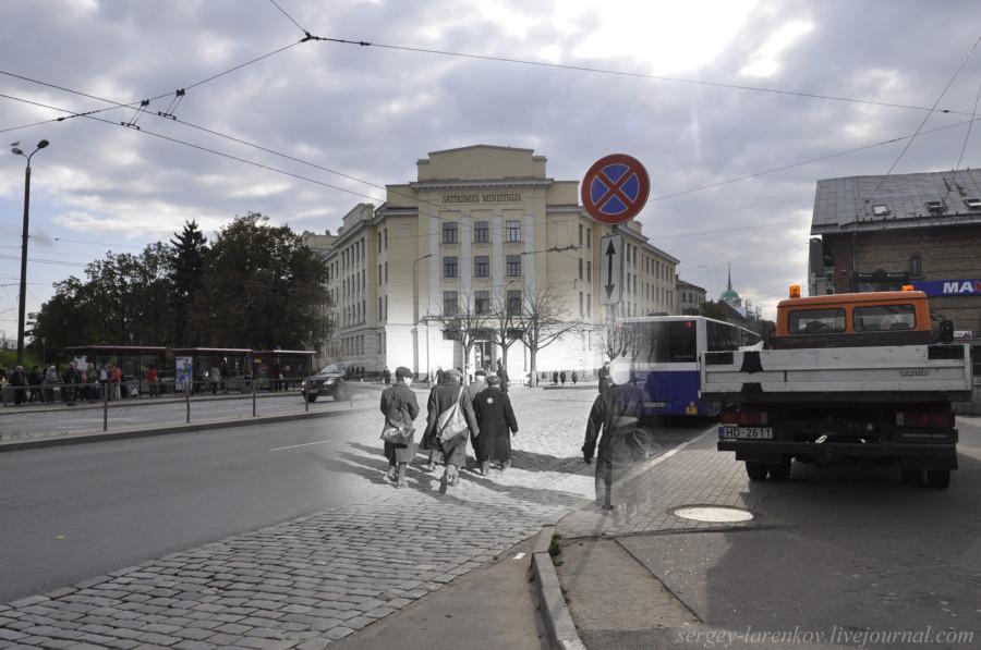 Рига 1941-2013 ул Гоголя Узники гетто возвращаются с работ SL