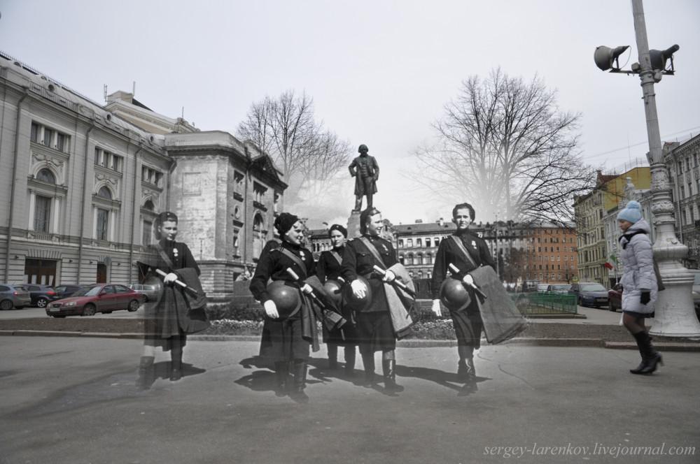 257.Ленинград 1943-2013. Девушки-регулировщицы на Театральной площадиSL.