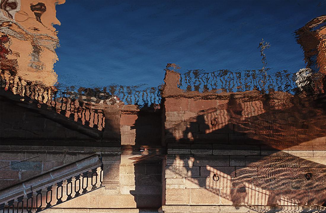 Отражение в канале Грибоедова