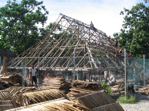 37 манеаба Кирибати