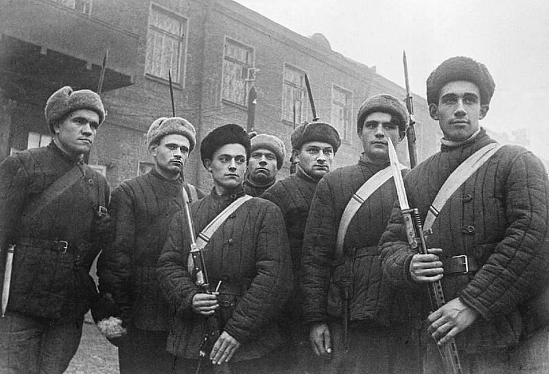 Портрет бойцов московского рабочего батальона