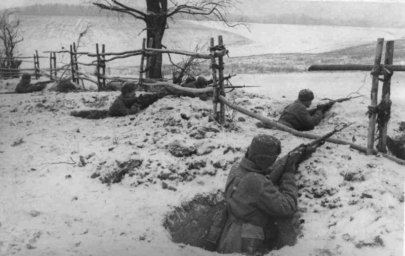 Русская пехота на оборонительных позициях. .
