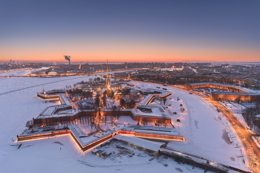 DJI_petro_sunset_winter_politcatorjan_web_1500px.jpg
