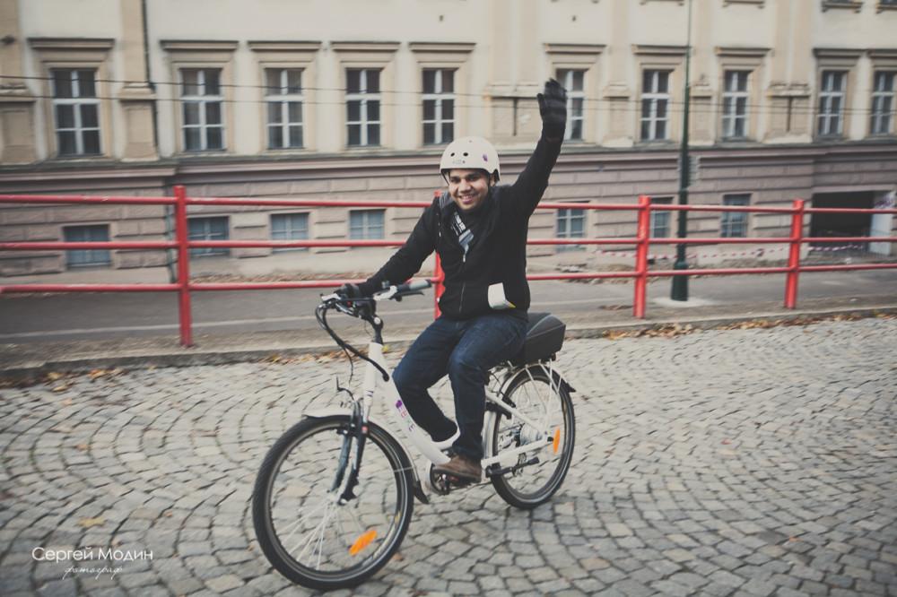 веселые велосепидист в Праге
