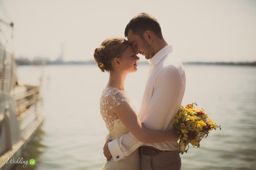 Свадьба это - нежность