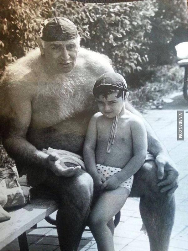 Петр Мшвениерадзе много лет спустя с внуком: