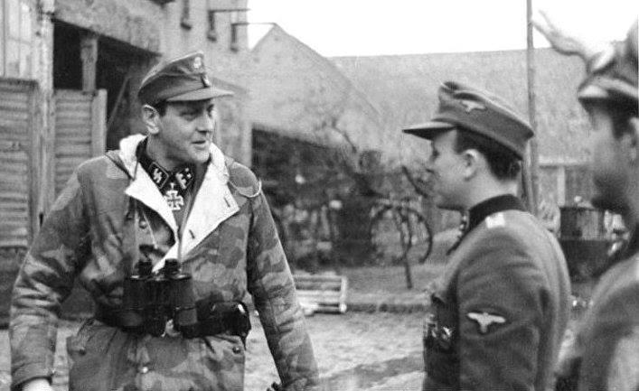 Отто Скорцени в Померании в феврале 1945 года. Бундесархив, Bild 183-R81453 / CC-BY-SA 3.0