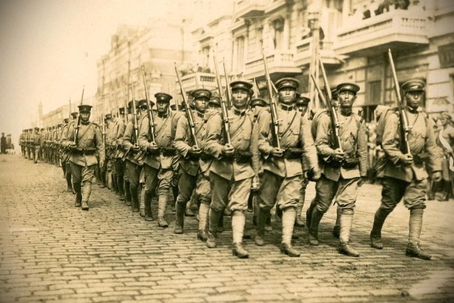 Японские войска во Владивостоке