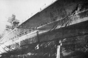 Admiral Hipper in dock damageв by Glowworm ramming