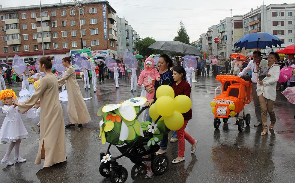 Полысаевцы выёбываются с колясками