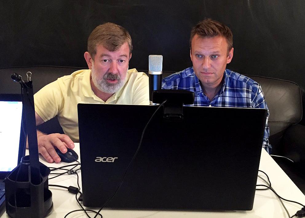 Мальцев и Навальный режутся в «Революцию»