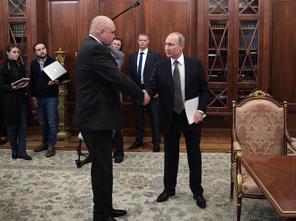 Глыбища Цивилёв и карлик Путин