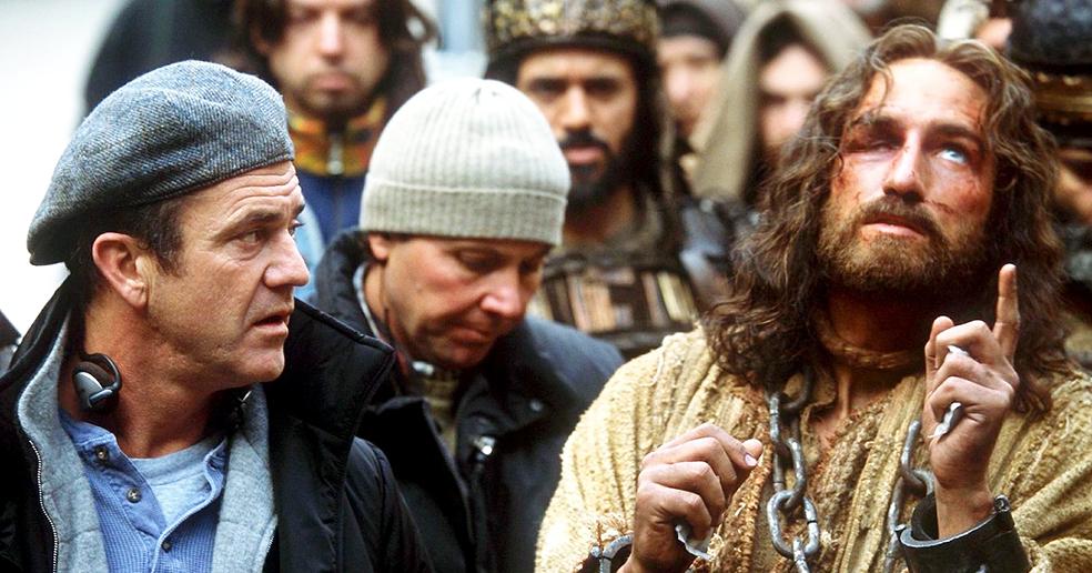 Мел Гибсон глумится над Христом