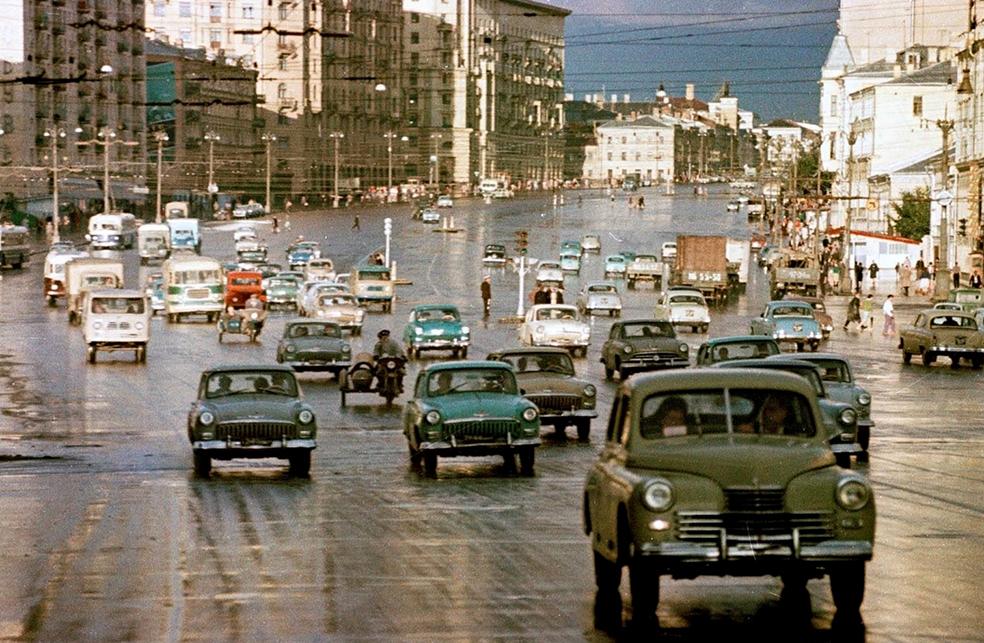 Нечеловеческая московская движуха