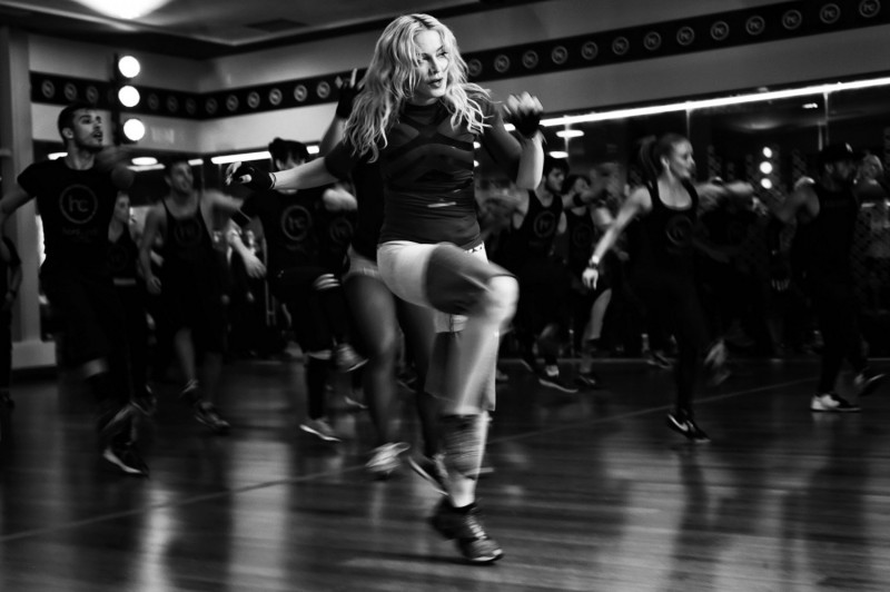 health-fitness-2015-09-madonna-dance-main.png