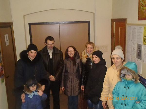 Родители Москвы привезли помощь