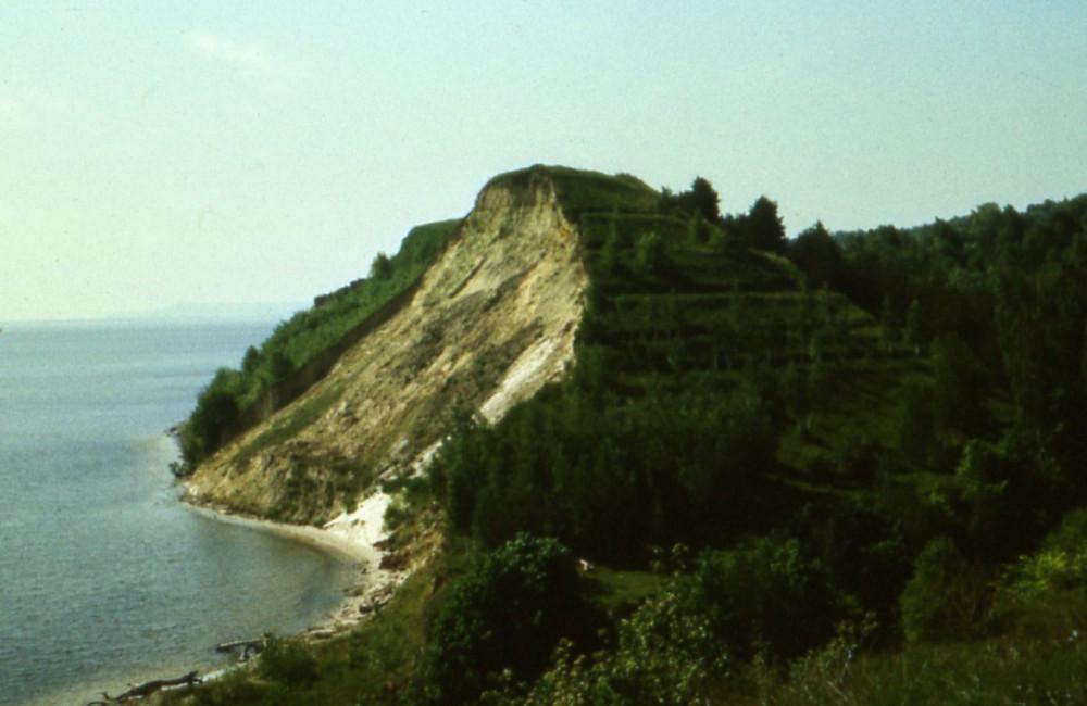 1984. Бабина гора, вид с Дедова Шпиля (2)_cr