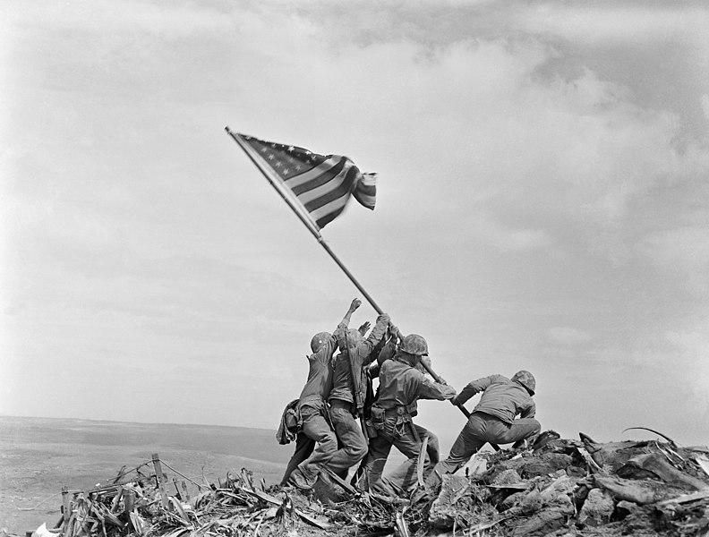 Обиды истеблишмента из за чужого праздника 792px-Raising_the_Flag_on_Iwo_Jima,_larger_-_edit1