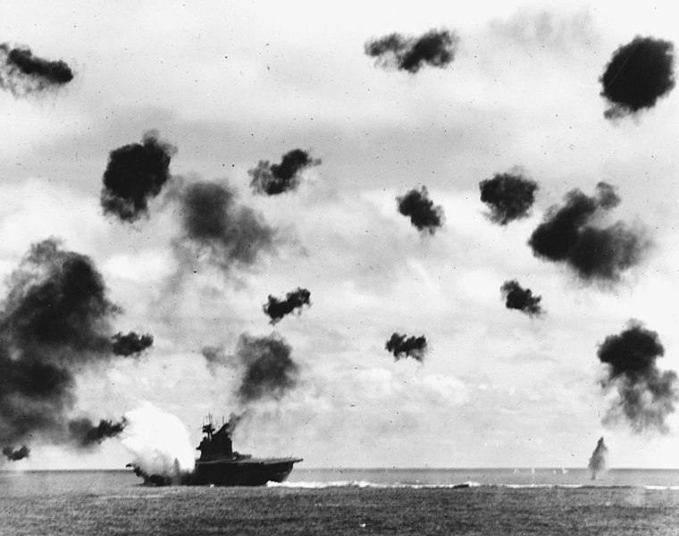 Обиды истеблишмента из за чужого праздника 760px-USS_Yorktown_(CV-5)_is_hit_by_a_torpedo_on_4_June_1942