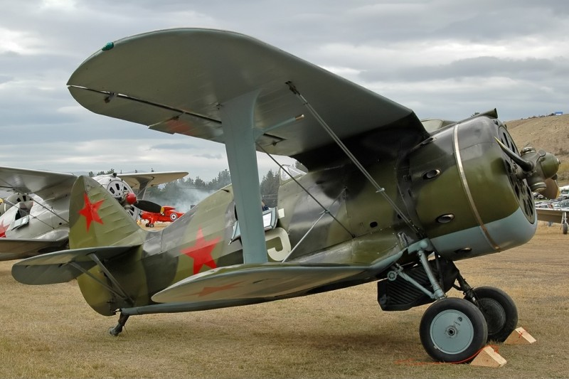 Polikarpov_I-153,_Private_JP5712953