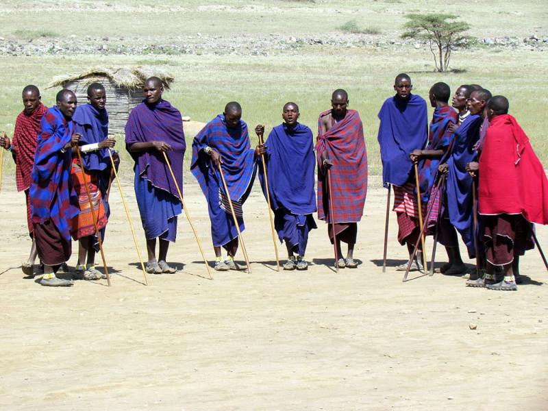 1024px-Ngorongoro,_Tanzania_-_Maasai_people
