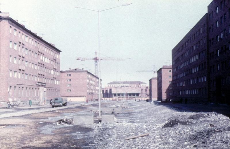 1984 дзержин театр