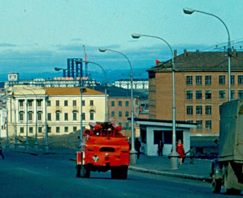 1973 12.08.73. Улица Октябрьская. — копия — копия.jpg