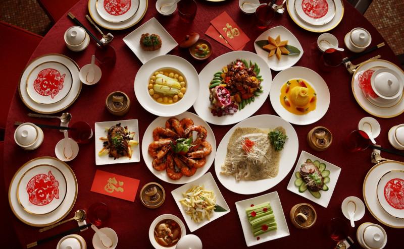 Новый год в китае Традиции празднования нового года в китае китайский новый год картинки танец дракона дракон китайский бумажный дракон фестиваль представления на новый год каникулы стол праздник sevtao.ruыумефщ