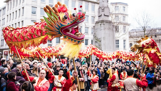 10 интересных фактов о китайском новом году китайский квартал в лондоне праздник на трафальгардской площади ыумефщ sevtao