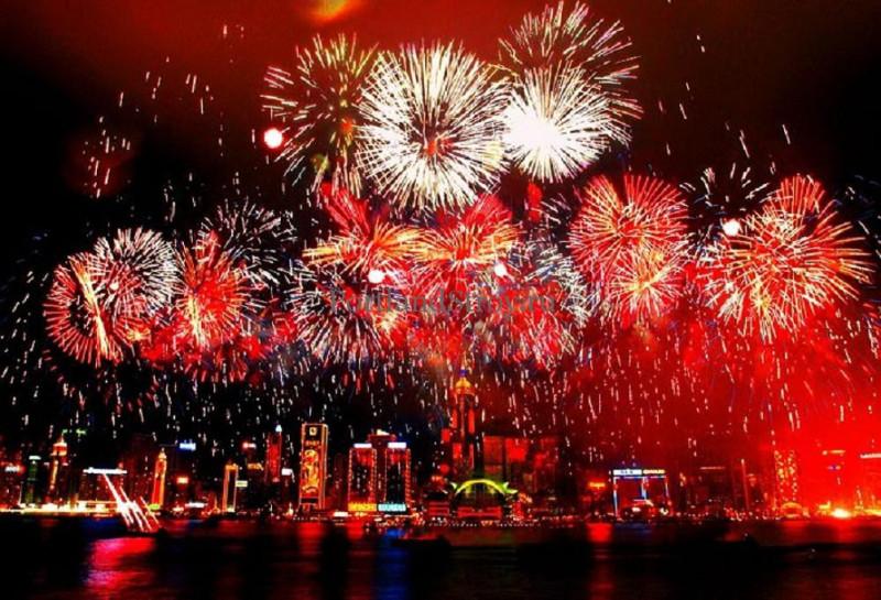 10 интересных фактов о китайском новом году китайская фейерверки салюты взрывы вспышки в китае ыумефщ sevtao