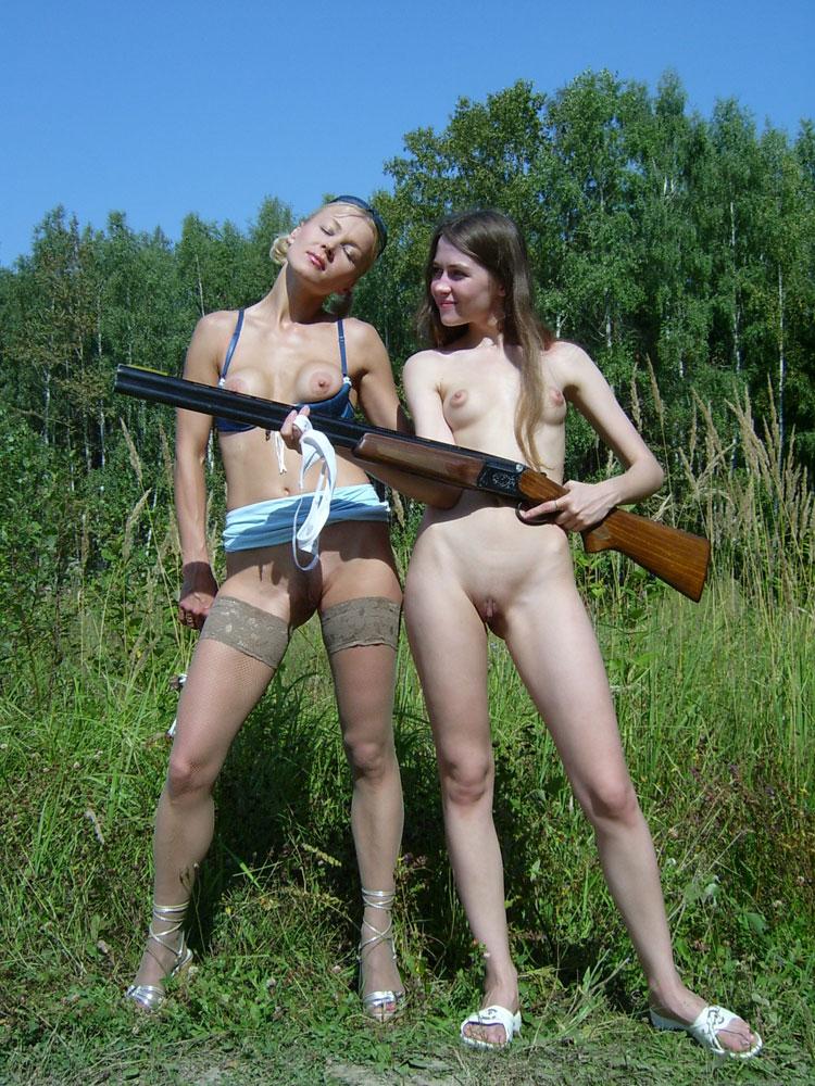 Girls hunting girls teens — pic 6