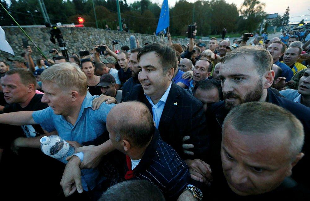 Протест тимошенко на её порно с саакашвили