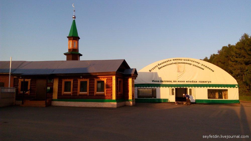 мечеть на мусульманском кладбище Казани