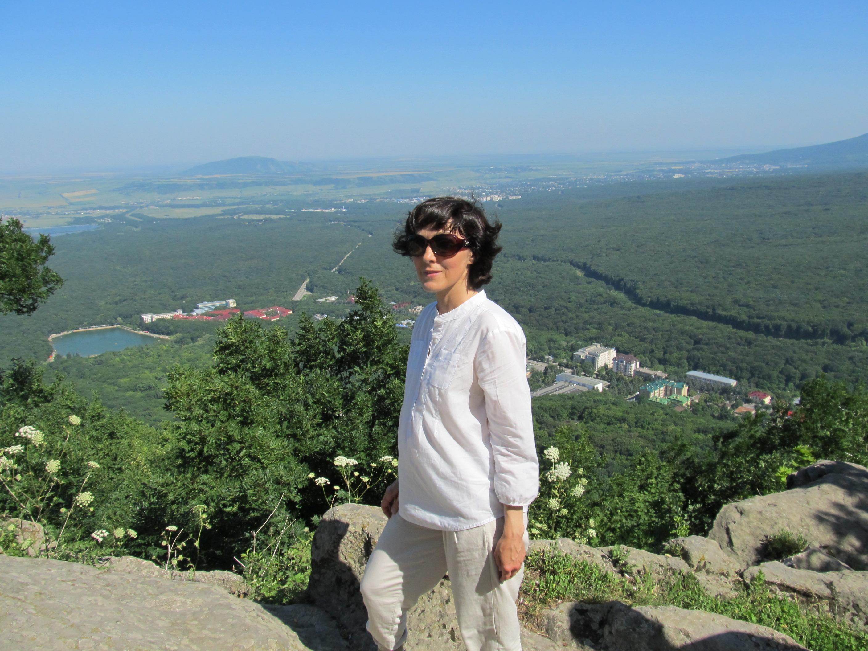 Галины Романовна на горе Железной