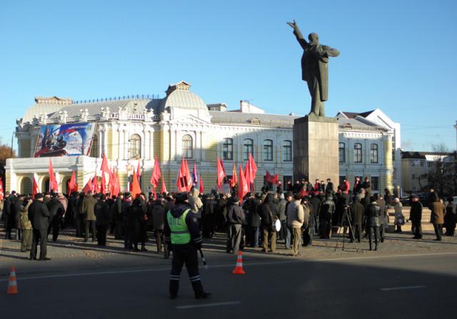 7 ноября в Тамбове на площади Ленина