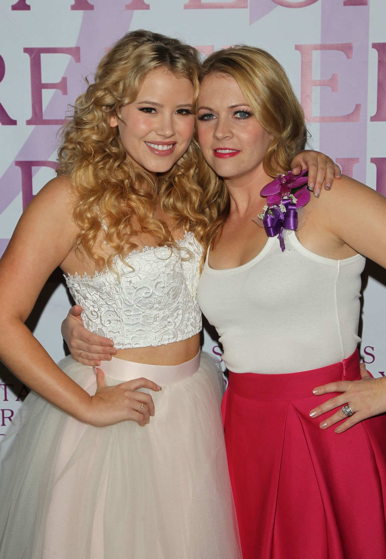 Taylor Spreitler and Melissa Joan Hart