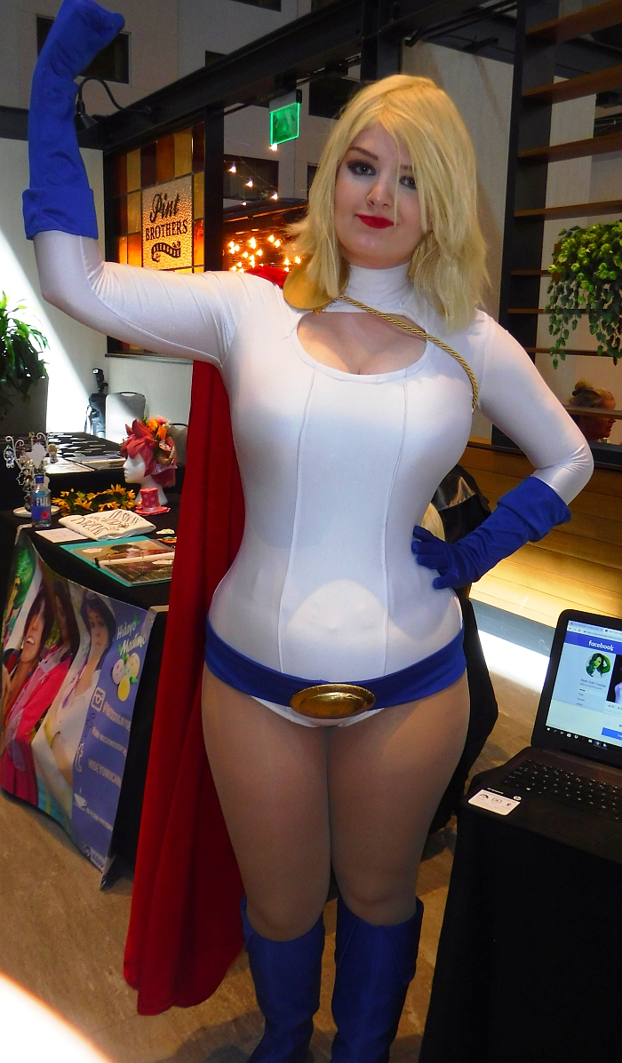 Elora Kay as Power Girl at Starfest 2019
