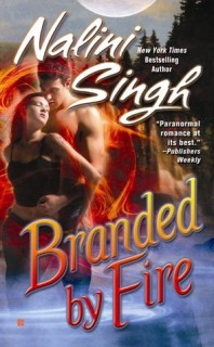 Nalini Singh - Branded by Fire