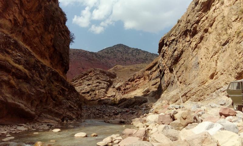 Каньон. Река.