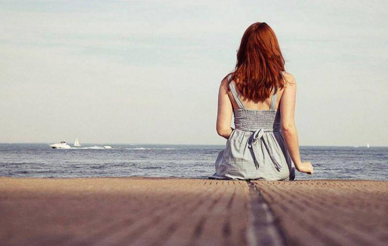 Фото рыжей девушки сзади в одежде зимой 20 фотография