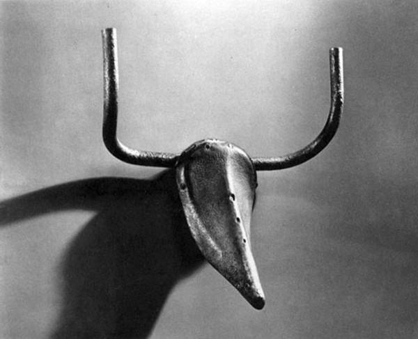 """Пикассо. """"Голова быка"""". 1942"""
