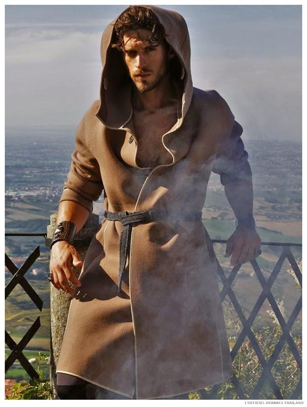 Dolce & Gabbana's Medieval Fall 2014 - Simone Bredariol by Marco Marezza.jpg